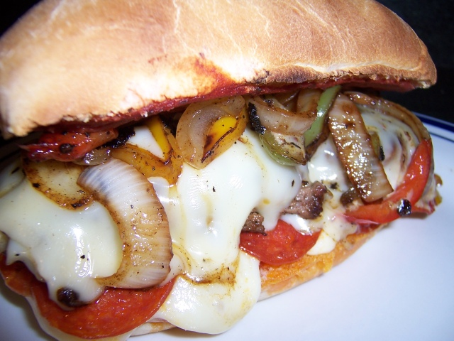 Delicious Pepperoni Pizza Burgers   One Stop Cook