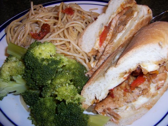Braised Pork Sandwich with Pasta and Brocolli